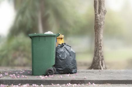 bins: Bins and trash