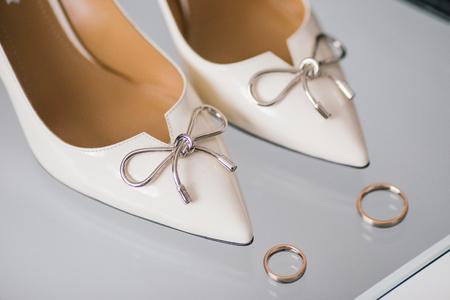 getting: Getting ready bride groom wedding