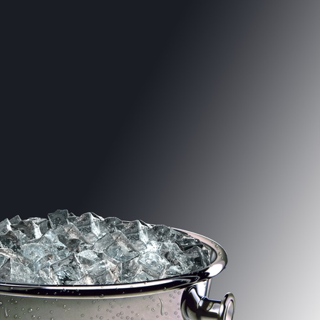 ice cubes bucket