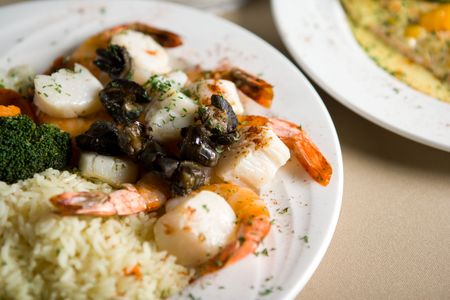 plate with shrimp, fish and vegetables Stock Photo - 740284
