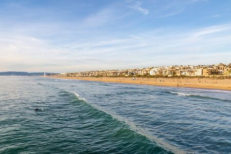 A view from the pier of Manhattan Beach, on the Californian coast 스톡 콘텐츠