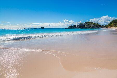 The idyllic sandy beach at Horseshoe Bay on the island of Bermuda Banco de Imagens