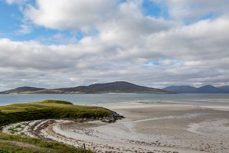 Looking out over the vast sandy beach at Seilebost on the Isle of Harris Imagens