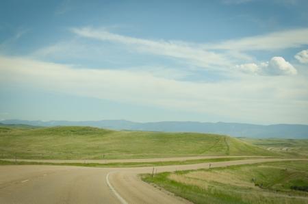 インターステート 90 とモンタナ州の平原