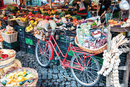 the bicycle at market