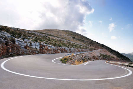 pass road and hairpin bend