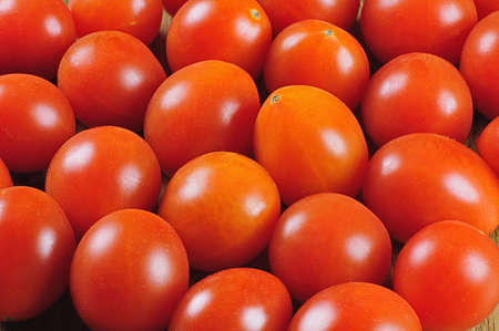 tomates: tomates cherry fra�ches pour vente  Banque d'images