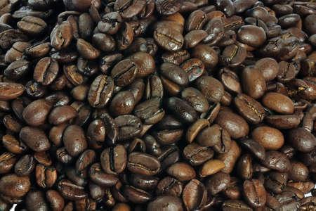 dark and fresh roasted coffee beans