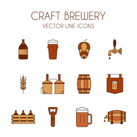 la cerveza artesanal y el icono de línea de fábrica de cerveza vector, en colores marrón y naranja aislados sobre fondo blanco: la botella de cerveza, destilería, abrelatas de la cerveza, barril, grifo de cerveza, vidrio, lúpulo, malta, signo de la cerveza, cerveza, etc.