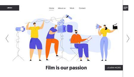 Director de cine que controla el proceso de filmación de películas, camarógrafo, ingeniero de sonido, mujer con megáfono y badajo, página de inicio del sitio web del personal de realización de películas, página web. Banner de ilustración de vector plano de dibujos animados