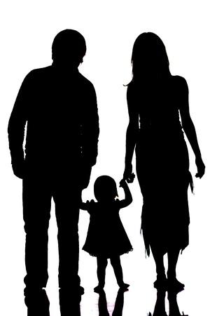 silueta masculina: Silueta de familia feliz aislado en blanco