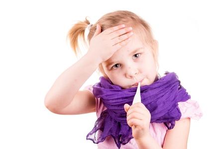 varicela: Ni�a enferma con varicela medir la temperatura y comprobar su frente aislado en blanco
