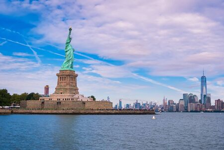 statue of liberty in front of the Manhattan skylines,in New York, USA Stockfoto - 132981349