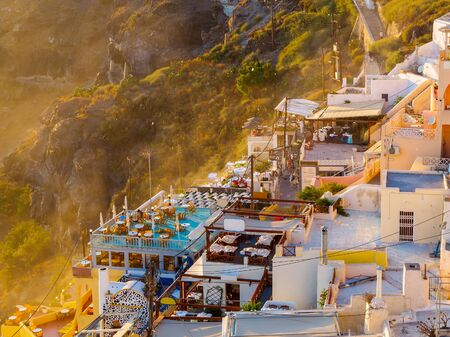 Amazing Santorini view on white cave houses. Santorini, Cyclades, Greece. Stok Fotoğraf - 148182375