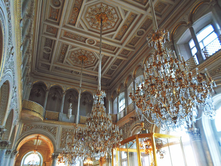luster: Interior of The State Hermitage Museum or the Winter Palace, a former residence of Russian emperors in Saint Petersburg, Russia - July 2016