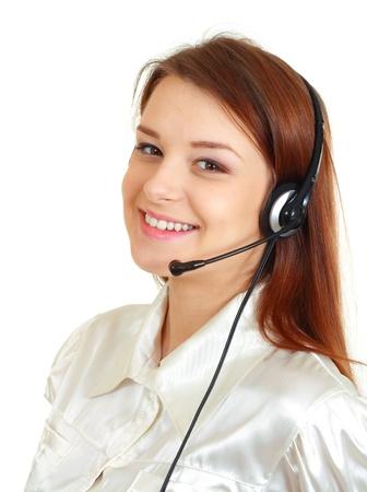 hands free: Mujer de Telemarketing auricular del centro de llamadas sonrientes felices en el dispositivo de manos libres auricular. Mujer de negocios en shirtt aisladas sobre fondo blanco.