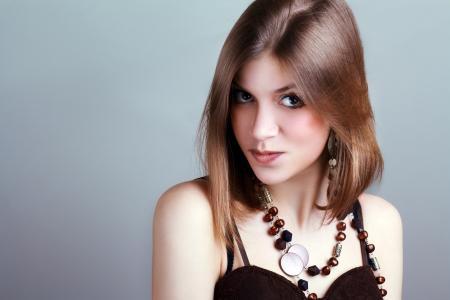 maquillaje de fantasia: Retrato rom�ntico de la mujer joven con la fantas�a creativa brillante maquillaje