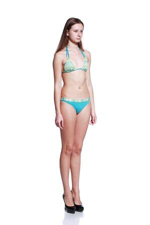 Schöne junge Mode-Modell posiert für Schnappschüsse Standard-Bild - 36330017