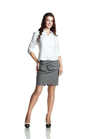 secretaria sexy: Joven profesional. Asia China  blanco del C�ucaso empresaria aislada sobre fondo blanco en todo el cuerpo.