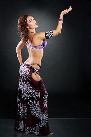 gogo girl: Sch�ne exotische M�dchen mit Hawaiian Accessoires Kleid