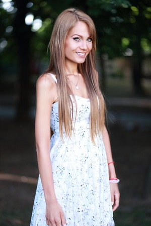 summer dress: Woman White Summer Lace Dress
