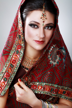indian bride: Indian beauty face close up beautiful eyes with perfect make up wedding Stock Photo