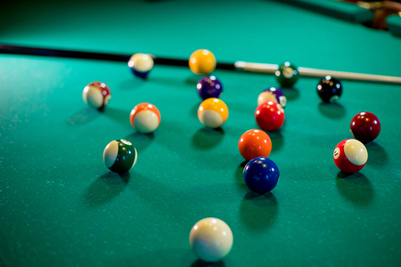 billiard balls on the table Banque d'images
