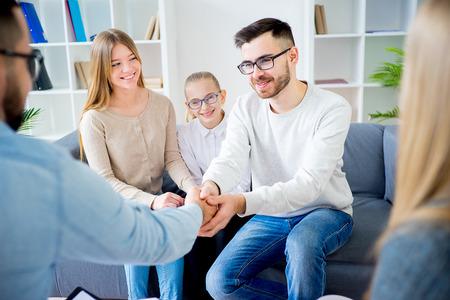 心理学者と家族 写真素材