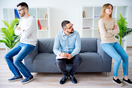 Young couple arguing Standard-Bild