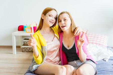 slumber: Girls at a sleepover