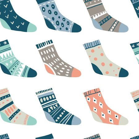 Winter vector seamless pattern with cute socks on white. Funny doodle socks with different patterns. 写真素材 - 130028686