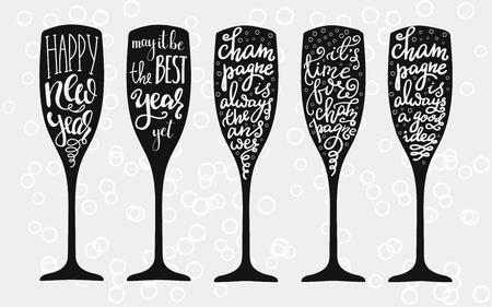 Champagne Kerstmis of van het huwelijk kalligrafie grote set op geïsoleerde vector typografie elementen champagneglas vorm. Gelukkig nieuwjaar. De partij van Champagne motivatie.
