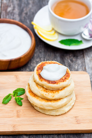 soured: cheese pancake with soured cream