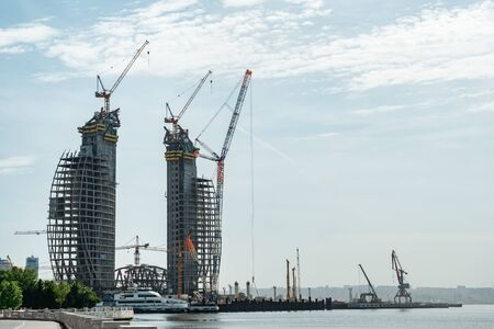 Construction of high-rise buildings on the Baku embankment.