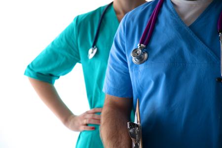 ヘルスケア: 分離した聴診器で不明な女医のクローズ アップ。