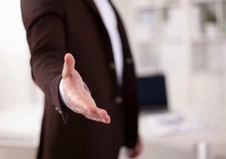 Mensen uit het bedrijfsleven handdruk.