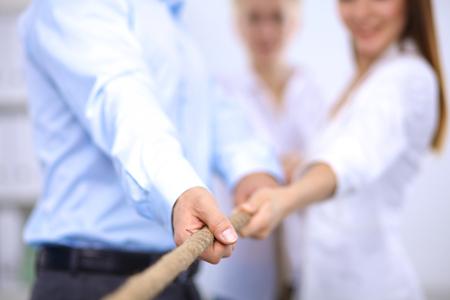 Bild Konzept der Business-Team mit einem Seil wie ein Element der Teamarbeit