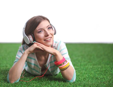 Young woman listening to the music . Young woman Foto de archivo - 150556643