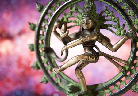 シヴァ - ダンスの主の像