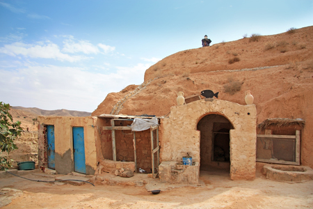matmata: MATMATA, TUNISIA -- CIRCA SEPTEMBER 2010: entrance to the traditional Berber dwelling underground Editorial