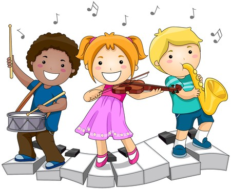 bambini che giocano: Bambini che giocano con strumenti musicali  Archivio Fotografico