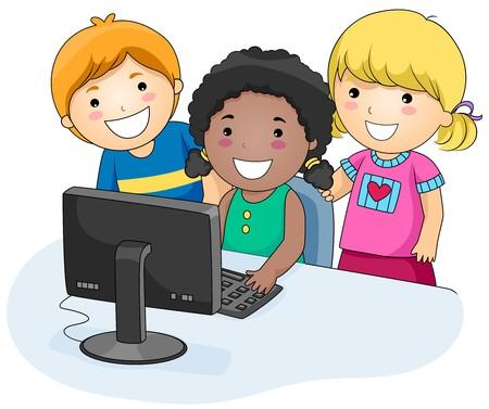 computadora caricatura: Un grupo de peque�as de ni�os mediante un equipo