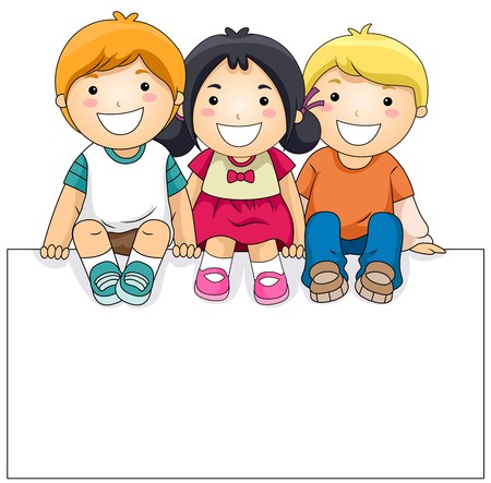 bambini seduti: Bambini con un vuoto contro sfondo bianco