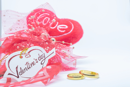Valentines's day, heart card love and ring on white background. Фото со стока