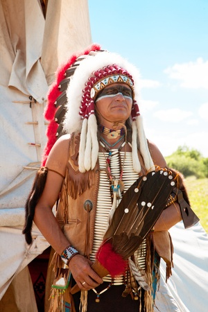 volkstamm: North American Indian in Full Dress. Wiederaufbau Lizenzfreie Bilder