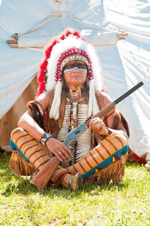 head-dress: North American Indian w pełnym rynsztunku. Przebudowa