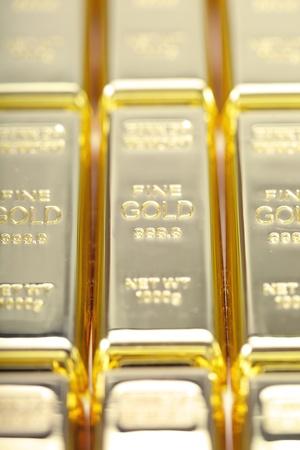 Fine gold 999,9. Set of gold ingots. Stock Photo - 11074012