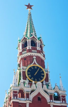 spassky: Chiming clock on the Spassky tower of the Moscow Kremlin