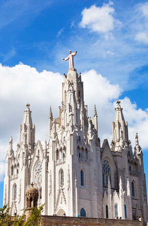 sagrat cor: Church of the Sacred Heart of Jesus (Temple Expiatori del Sagrat Cor) on summit of Mount Tibidabo in Barcelona, Catalonia, Spain