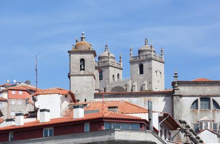 se: Se Catedral facade against the blue sky, Porto, Portugal